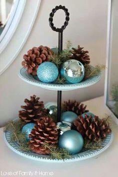 Christmas 2019 : Trend in Christmas Arrangements 2019 - 2020 Turquoise Christmas, Coastal Christmas Decor, Nautical Christmas, Tropical Christmas, Beach Christmas, Silver Christmas, Christmas Kitchen, Noel Christmas, Christmas Colors