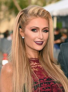 """Paris Hilton Photos Photos - Paris Hilton attends the premiere of HBO's """"The Leftovers"""" Season 3 at Avalon Hollywood on April 4, 2017 in Los Angeles, California. - Premiere of HBO's 'The Leftovers' Season 3 - Red Carpet"""