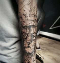 Right Hand Tattoos for Men . Right Hand Tattoos for Men . 17 Unique Arm Tattoo Designs for Girls Outer Forearm Tattoo, Forearm Sleeve Tattoos, Forearm Tattoo Design, Forearm Tattoo Men, Shoulder Tattoos, Tattoo Arm, Lion Tattoo, Band Tattoos, Leg Tattoos