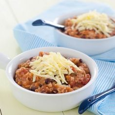 Crockpot Quinoa Chicken Chili - healthy, easy, comfort food