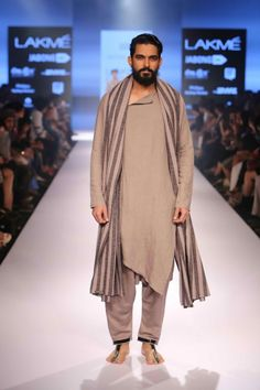 Antar Agni Winter Festive 2015 - Lakme Fashion Week Fall Winter 2015 Otoño Invierno - Lakme Fashion Week | #Menswear #Trends