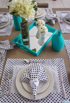 Mesa Posta: Azul Aristocrata. Jogo Americano Easy Napkin Folding, Deco Table, Dinner Table, Tea Party, Diy And Crafts, Napkins, Table Settings, Table Decorations, 4 Life