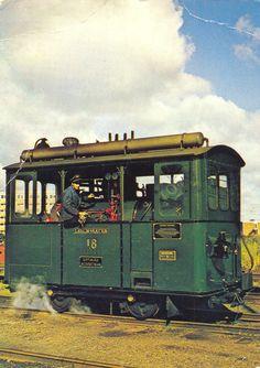 Schoolreisje met de Gooische Moordenaar - Geheugen van Oost Black N White Images, Black And White, Garden Railroad, Train Room, Train Layouts, Modern Artists, Steam Locomotive, Model Trains, Rotterdam