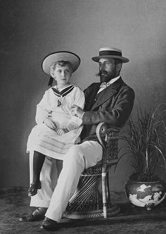 PRINCE HENRY OF BATTENBERG WITH HIS ONLY DAUGHTER ENA (VICTORIA EUGENIA)