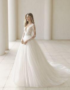 Rosa Clará Bridal & Wedding Dress Collection Fall 2018 | Brides