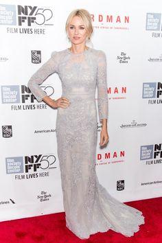Bezaubernd schön ist Naomi Watts in Gucci Mehr Looks gibt es bei ICON online http://www.welt.de/icon/article124496720/Naomi-Watts-in-Gucci.html
