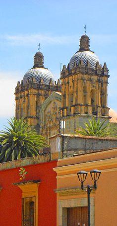 Santo Domingo church http://bbqboy.net/photo-essay-the-colors-of-oaxaca/ #oaxaca #mexico