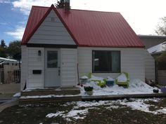 HOMENOVA - For Sale: 426 1 St E, Saskatoon, Saskatchewan S7H 1S4 - $210,000