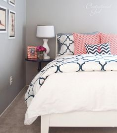 navy + coral bedroom thinking about this for my new room :) Navy Coral Bedroom, Coral Navy, Coral Accents, Coral Color, Gray Bedroom, Navy And Coral Bedding, Coral Girls, Coral Orange, Teen Bedroom