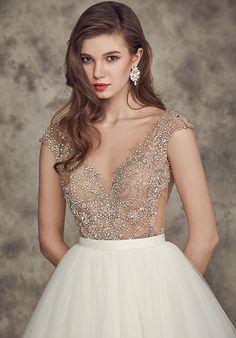 Ivory and White Cap Sleeve Wedding Dress | Calla Blanche | http://trib.al/0mRILiH