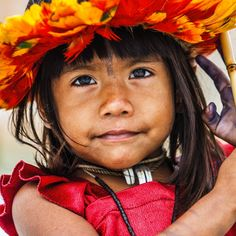 Timo Heiny Survival International; Una niña uru-eu-wau-wau, de Brasil, en 2016.