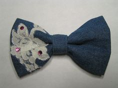 Denim with lace hair bow Denim Flowers, Fabric Flowers, Blue Jean Quilts, Lace Hair, Hair Bow, Denim Crafts, Denim And Lace, Ribbon Work, Flower Hair Clips