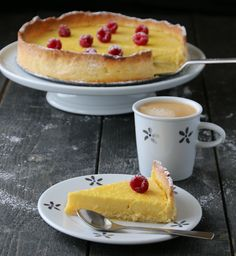 Sitronterte Tart, Sweet Cakes, Snacks, Sweet Tooth, Pancakes, Lemon, Health Fitness, Sweets, Cooking