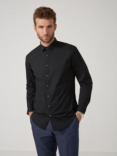 The Andover Stretch Dress Shirt in Black | Frank And Oak