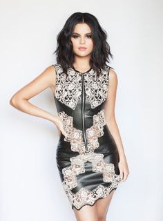 May 6 attending the Louis Vuitton Cruise 2016 Resort Collection fashion show Portraits Palm Springs California selenagomez selenagomez selena marie gomez selenamariegomez selenator selenators jelena jelenator jelenators throwback Selena Gomez Hair, Selena Gomez Fotos, Selena Gomez Pictures, Selena Gomez Style, Divas, Chrissy Costanza, Spy Kids, Marie Gomez, Fashion Show