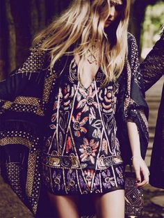 Don't be afraid to mix prints! #festival #boho