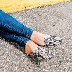 Sliding towards the Weekend 🌿 /// In our Snake Skin Slides/// for that something Extra💥 for #outfitideas . . . #ootd #fashionnova #shoelover #slides #outfitinspo #styledaily #onlinefashion #apricotlanefargo #shopalb #apricotlane #mn #nd #fargo #minnesota #shoelover #summer #love #musthaves #trendy #boutiquechic #shop #womenswear #wednesday  #trending #ootd Snake Skin, Minnesota, Wednesday, Fashion Online, Women Wear, Slippers, Ootd, Summer, Outfits
