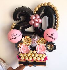 Minnie Mouse Birthday Decorations, Balloon Decorations Party, Candy Bouquet Diy, Diy Bouquet, Boquet, Ballon Flowers, Balloon Bouquet Delivery, Personalised Gifts Diy, Qualatex Balloons