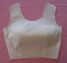 Couture princesse Easy Elegance: Tips to Sew the Perfect Princess Seam Easy Elegance: A Simple Tutorial for Sewing Princess Seams - princess seams in a muslin Learn how to sew the easily to sew princess seams in 7 steps for perfect pattern fitting and ad Sewing Lessons, Sewing Hacks, Sewing Tutorials, Sewing Tips, Pattern Drafting Tutorials, Techniques Couture, Sewing Techniques, Diy Clothing, Sewing Clothes