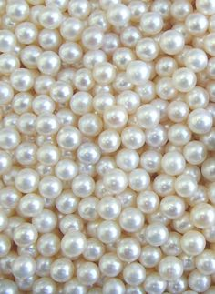 I wish that I could just scoop these pearls into my hands and feel their beauty! ♥