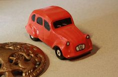 Citröen 2CV Ceramic signed JM, from Colchester 1985.