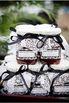Spread the Love Favors / New Orleans Wedding / Arte de Vie / via StyleUnveiled.com
