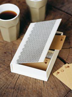 Boîte à jeux de cartes en carton, Tuto cartonnage