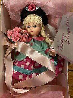 """MADAME ALEXANDER SUZIE Q FROM TOY SHELF COLLECTION 8"""" DOLL 14590 With Box 764166145905 