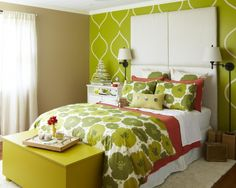 Cool patterned walls!