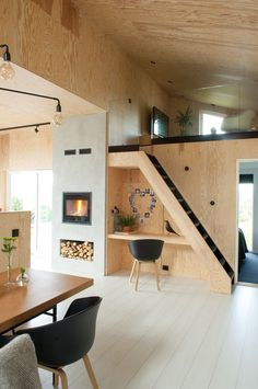 Home Decor Apartment 13 amazing tiny house design that make you amazed 2 Tiny House Design amazed Amazing design House Tiny.Home Decor Apartment 13 amazing tiny house design that make you amazed 2 Tiny House Design amazed Amazing design House Tiny Tiny House Living, Small Living, Living Room, Modern Tiny House, Home Interior Design, Interior Architecture, Plywood Interior, Plywood Walls, House Stairs