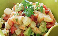 Zesty Lime Shrimp and Avocado Salad, talk about a light and refreshing salad that requires no cooking! Lime juice and cilantro are the key ingredients here. Shrimp Avocado Salad, Avocado Salad Recipes, Shrimp Salads, Seafood Recipes, Cooking Recipes, Healthy Recipes, Sin Gluten, Cilantro, Paleo