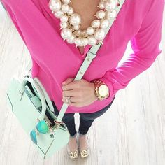 I love this!! Pearls, pink, mint and gold <3
