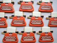 Vintage Typewriter cookies - these would be even cooler done is black and gold Cupcakes, Cupcake Cookies, Sugar Cookies, Cookies Et Biscuits, Cut Out Cookies, Brownie Cookies, Bakery Recipes, Cookie Recipes, Best Cookies Ever