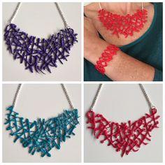 Collar #babero modelo  #coral de #DIY hecho con #silicona totalmente artesanal de https://www.facebook.com/maremotopulserasymas