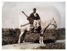 Payador a caballo, con su guitarra criolla en mano, by Francisco Ayerza [Colección Witcomb, Archivo General de la Nación]
