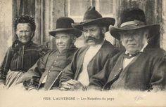 Folklore Frankrijk  231X - Klederdrachten van diverse streken