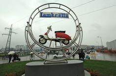 A Segrate, museo e monumento in onore della Lambretta - laBissa.com