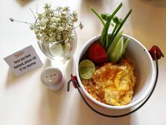 Breakfast Box  At Sofitel So Huahin  Shrimps friedrice ขาวผดกง ไขดาวกรอบ ใสปนโตสสด  #thaifood #food #foodstagram #instafood #hotel #amazingthailand #aroii #delicious #delicacy #foodreview #wongnai #eat #eatandtravel #drinksintheair #foodintheair #bangkok #wherethailand #thailandtravel #aroi #likes #bonappite #enjoyeating #saltbae #eatingout #eat #bkk #travelthailand #tripadvisor #foodporn