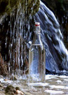 High Vibrational #Etched #Glass #Water #Bottles #EtchedWaterBottles #GlassBottles —Shop at www.bottlensoul.com #BottlenSoul or in #Etsy https://www.etsy.com/shop/BottlenSoul