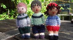 Mini poupées en laine, garçons et fille. : Jeux, jouets par la-fabrique-de-cadot