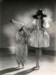 etund:    Carnival costumes, Berlin, 1928