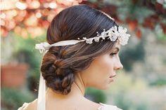 Figuras Personalizadas , Complementos Novias Vintage, Ibicencas, Boho Chic, Rusticas : Imagenes de Peinados para la Boda decorados con Coronas de Flores