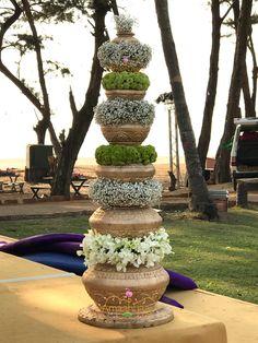 Wedding Hall Decorations, Marriage Decoration, Backdrop Decorations, Diwali Decorations, Festival Decorations, Backdrops, Large Flower Arrangements, Umbrella Wedding, Flower Installation