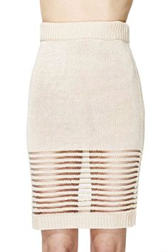 love the sheer panel at the bottom // spring knit skirt