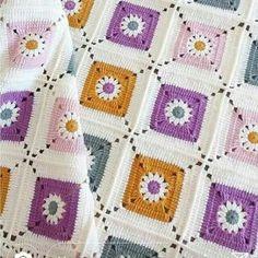 Transcendent Crochet a Solid Granny Square Ideas. Inconceivable Crochet a Solid Granny Square Ideas. Crochet Bedspread Pattern, Granny Square Crochet Pattern, Afghan Crochet Patterns, Crochet Squares, Crochet Motif, Crochet Designs, Crochet Stitches, Granny Squares, Crochet Granny