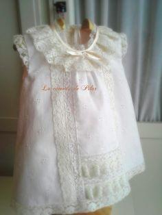 En rosa y beige,vestido sábanas, baberos, saco, toda una colección de complementos para sus momentos tienda online http://www.lacomodadepilar.com/ blog http://lacomodadepilar.blogspot.com.es/