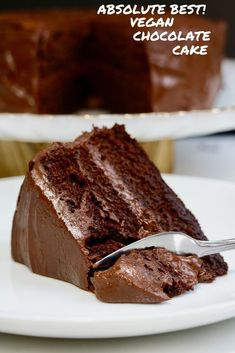 Vegan Chocolate Cake - The Best Recipe! This Moist & Fudgy Vegan Chocolate Cake . Vegan Chocolate Cake - The Best Recipe! This Moist & Fudgy Vegan Chocolate Cake Recipe is the BEST Vegan Cake recipe ever! Quick and Easy, Rich and ch. Best Vegan Chocolate, Best Chocolate Cake, Delicious Chocolate, Chocolate Recipes, Chocolate Chocolate, Eggless Chocolate Cake, Vegetarian Chocolate Cake, Vegan Chocolate Frosting, Dairy Free Chocolate Cake