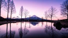 Hidenobu Suzukiest un esthéticien de métier et photographe amateur qui a souhaité faire visiter le Japonà travers ses photographies.Grâce à ses différentes séries il nous fait découvrir des traditions et des paysages aussi somptueux qu\\\'ancestraux.La série appelée \\