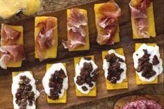 Crostini rustici di polenta Polenta, Antipasto, Ricotta, Bread Recipes, Cooking Recipes, Kitchen Time, Fall Dinner, International Recipes, Italian Recipes