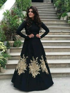Looking for Black cocktail gown by sabyasachi? Browse of latest bridal photos, lehenga & jewelry designs, decor ideas, etc. on WedMeGood Gallery. Indian Wedding Outfits, Pakistani Outfits, Indian Outfits, Indian Gowns, Indian Attire, Black Indian Gown, Indian Wear, Moda India, Cocktail Gowns